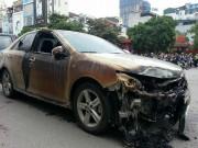 Tin tức - Hiện trường tan hoang sau vụ cháy quán karaoke trên phố Trần Thái Tông