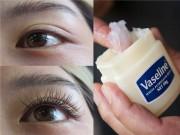 Làm đẹp - Lông mi dài, cong và đen nháy trong một tuần nhờ bộ đôi Vitamin E và Vaseline