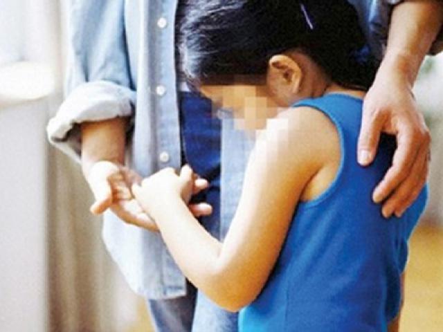 Nghi án bé gái 3 tuổi bị cưỡng bức, người mẹ nói gì?