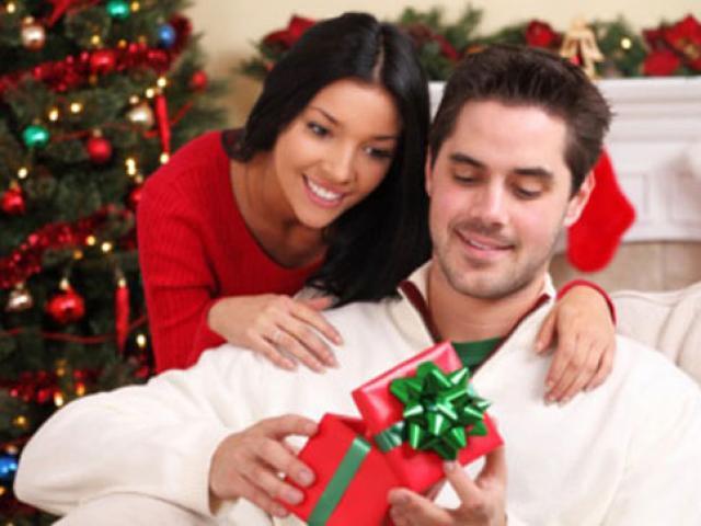 Những món quà Giáng sinh tồi tệ nhất chớ dại tặng cho vợ/chồng