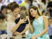 Làm mẹ - Lưu Hương Giang và Đan Lê chia sẻ bí quyết chăm sóc da bé trong mùa lạnh