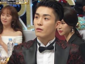 """Bất chấp scandal """"clip nóng"""", sao nam Hàn Quốc vẫn được trao giải thưởng lớn"""