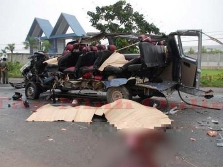 Tại nạn 6 người chết tại chỗ ở Tây Ninh: Xe khách có bị quản lý số giờ chạy?