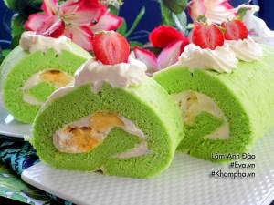 Bánh bông lan cuộn sầu riêng thơm ngon đến miếng cuối cùng