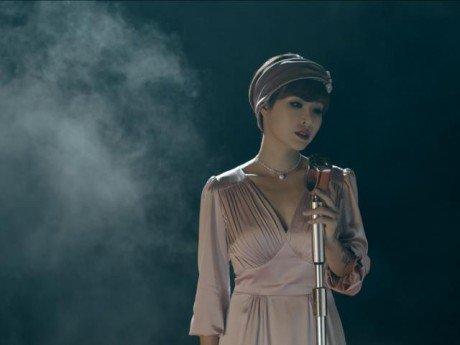 Sau thời gian dài vắng bóng, Uyên Linh trở lại showbiz với bản nhạc không thể hay hơn