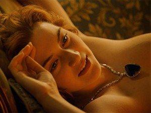 """Sự thật về cảnh vẽ khỏa thân nổi tiếng trong """"Titanic"""""""