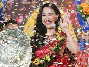 Vang dội tại Hoa hậu Trái đất 2017, Hà Thu tiếp tục đoạt ngôi Quán quân vì tài hát Bolero