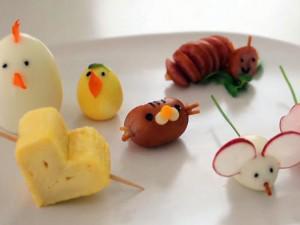 """5 cách trang trí cơm hộp mang đi ăn trưa dễ thương khiến chị em văn phòng """"lác mắt"""""""