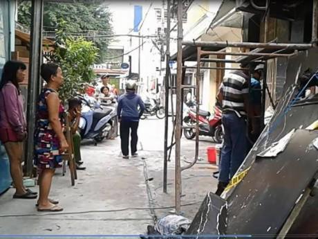 Vụ cháy nhà khiến mẹ và 2 con gái chết thảm: Có lối thoát, sao 3 người vẫn tử vong?
