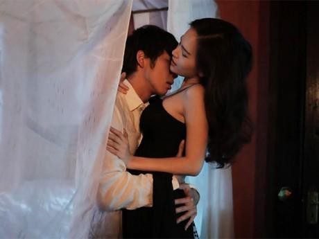 Màn ảnh Việt 2017 bị thiêu đốt bởi hàng loạt cảnh nóng táo bạo