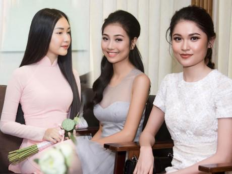 Dàn mỹ nữ của Hoa hậu Việt Nam khoe nhan sắc ngày hội ngộ