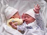 """Muốn có cặp sinh đôi như  """" nhà người ta """" , mẹ hãy ghi nhớ những bí quyết này!"""
