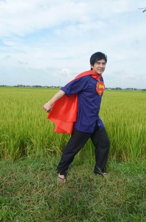 """showbiz tuan qua: nhung guong mat """"kho do"""" - 4"""