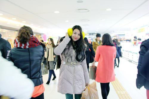 Trà Ngọc Hằng vui sinh nhật ở Hàn Quốc-7