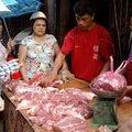 Giá thực phẩm tại chợ Long Biên 14-1