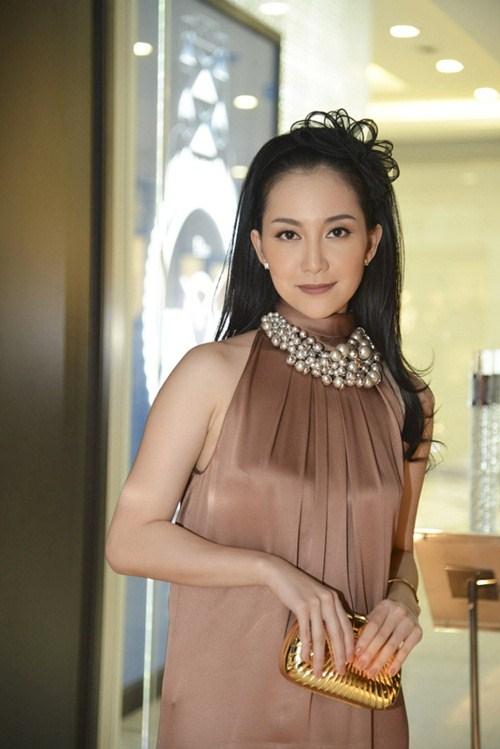 """Mẹ chồng Hà Tăng """"đánh bật"""" dàn mỹ nữ-7"""
