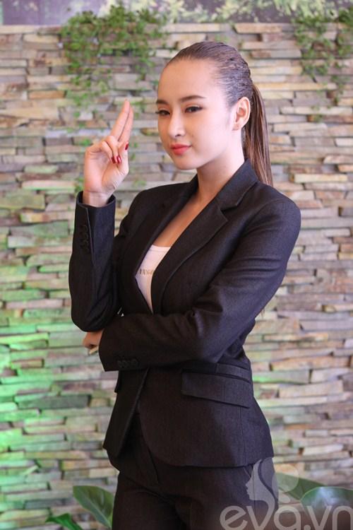 Angela Phương Trinh khoe mũi mới thon gọn-4