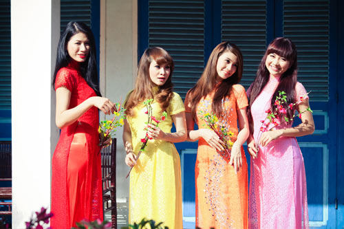 Học trò Thúy Vinh háo hức làm MV Tết-12