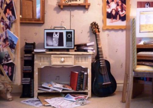 Nhà cực xinh nằm gọn trong... đàn ghita-5