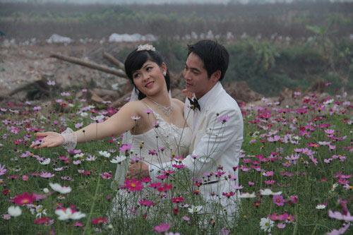 Vườn hoa Bách Nhật hút khách ngày xuân-6