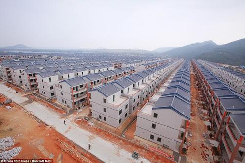 Khu đô thị mới xây như... nhà tù-1