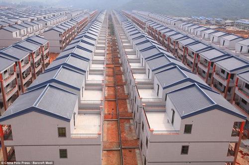 Khu đô thị mới xây như... nhà tù-2