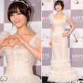 Làng sao - Trưởng nhóm Wonder Girls tươi rói trong ngày cưới