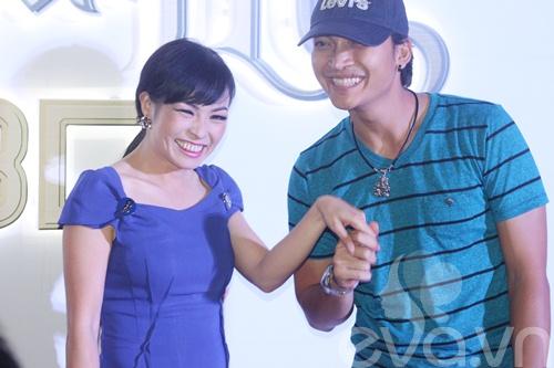 "dan ""my nhan ke"" khoe sac nuoc huong troi - 20"
