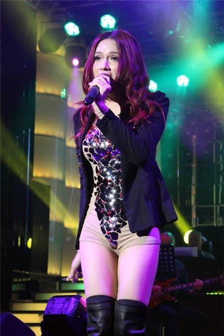 huong giang idol tran tinh chuyen chup nude - 5