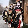 Thời trang - Sức hút từ trang phục truyền thống kimono