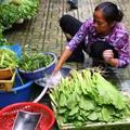 Giá cả thực phẩm chợ Long Biên 31-1