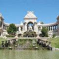 Xem & Đọc - Bồi hồi dạo bước thành cổ Marseille trong nắng