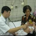Tin tức - Sau Tết, trẻ viêm phổi ồ ạt nhập viện