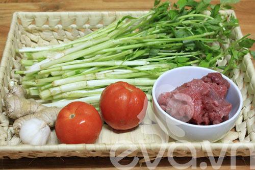 Ngon cơm với rau cần xào thịt bò - 1