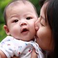 Làm mẹ - Lo ngay ngáy vì ngày nào cũng hôn con