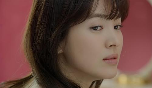'thieu nu mu' song hye kyo cuon hut voi ao choang dat tien - 18