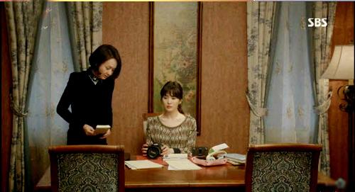 """soi nha trong phim han chi em dang """"chet me"""" - 16"""
