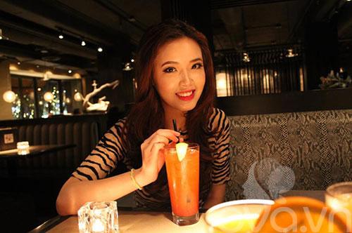 em gai mai phuong thuy xinh khong kem chi - 1