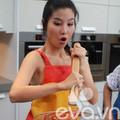 Làng sao - Diễm My 9x siêu nhí nhảnh vào bếp
