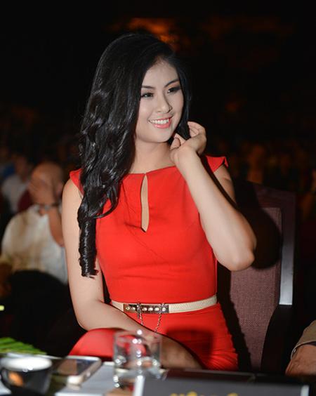 Trang điểm gợi cảm như Hoa hậu-2