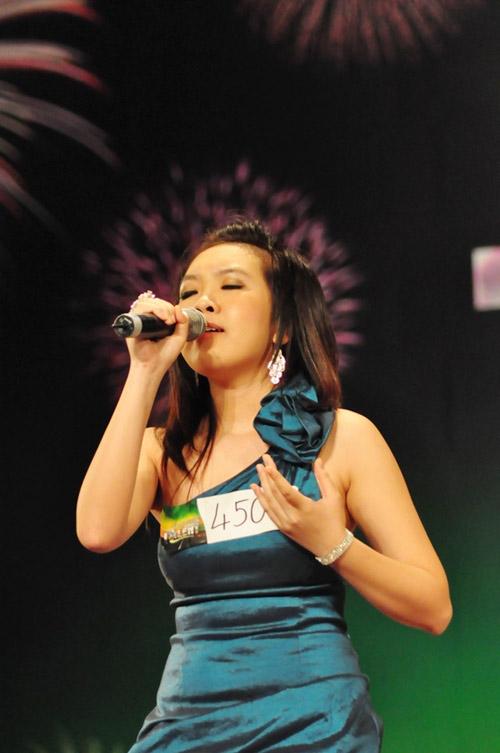 """vn's got talent 2012 dang bi """"that sung""""? - 5"""