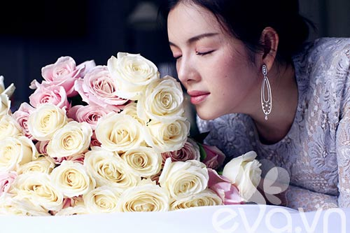 Lý Nhã Kỳ lãng mạn bên hoa hồng Pháp-11