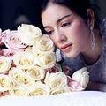 Làng sao - Lý Nhã Kỳ lãng mạn bên hoa hồng Pháp