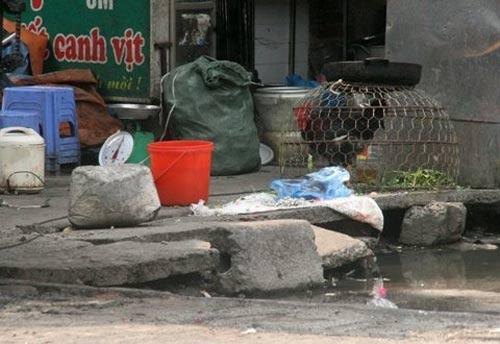Những con phố bốc mùi nổi tiếng ở HN-6