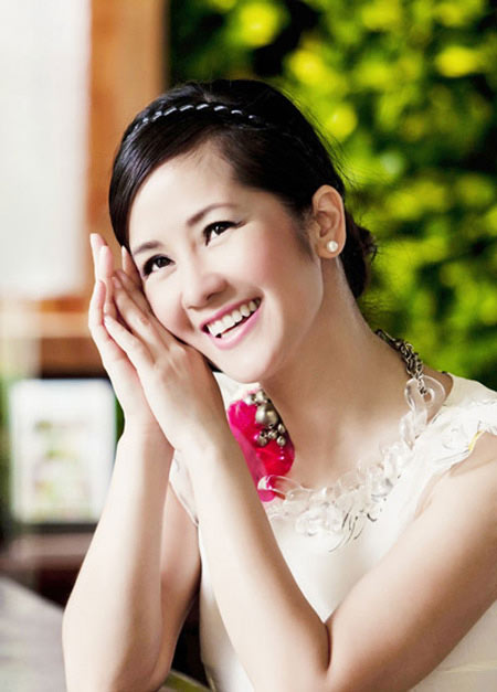 Hồng Nhung sẽ trở thành HLV Giọng hát Việt 2013-2