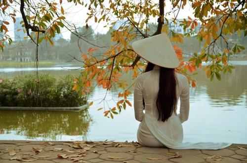 Ngắm hotgirl Hà Lade hóa nữ sinh Hà Nội xưa-3