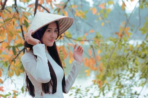 Ngắm hotgirl Hà Lade hóa nữ sinh Hà Nội xưa-12