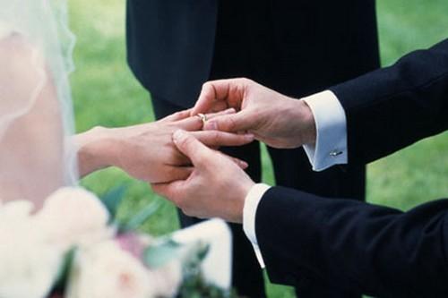 Nhẫn cưới từng được làm từ...lau sậy!-7