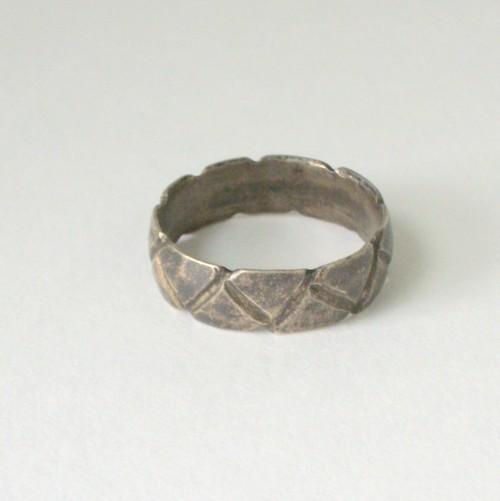 Nhẫn cưới từng được làm từ...lau sậy!-8