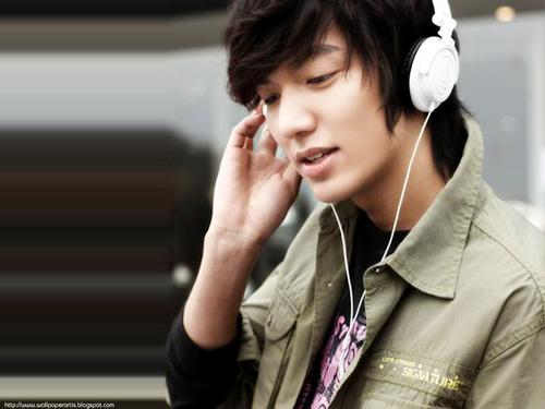 Lee Min Ho tung ra album ca nhạc - 1